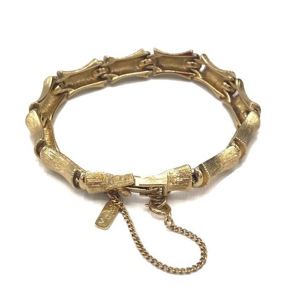 Monet Vintage Brushed Gold Bamboo Link Bracelet
